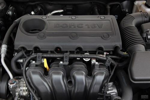 2012款起亚凯尊2.4L商务型实拍