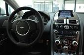 2010款阿斯顿马丁V8 Van…