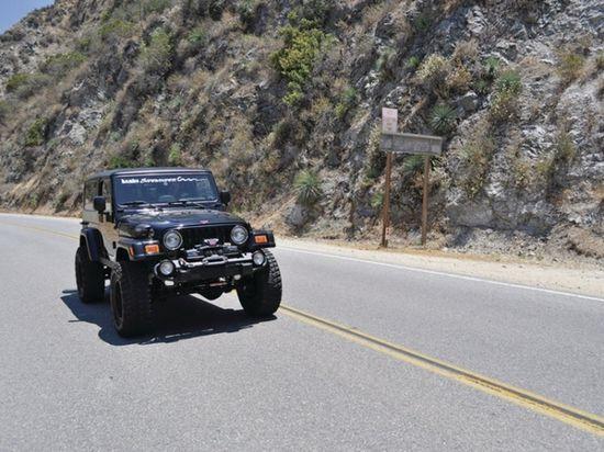 jeep牧马人改装涡轮增压 高清图片