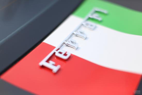 法拉利f12排气改装高清图片
