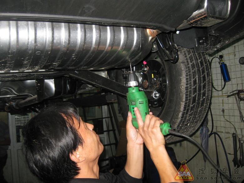 3、减震胶垫的   优点:   .有效解决减震器弹簧疲软的问题,高清图片