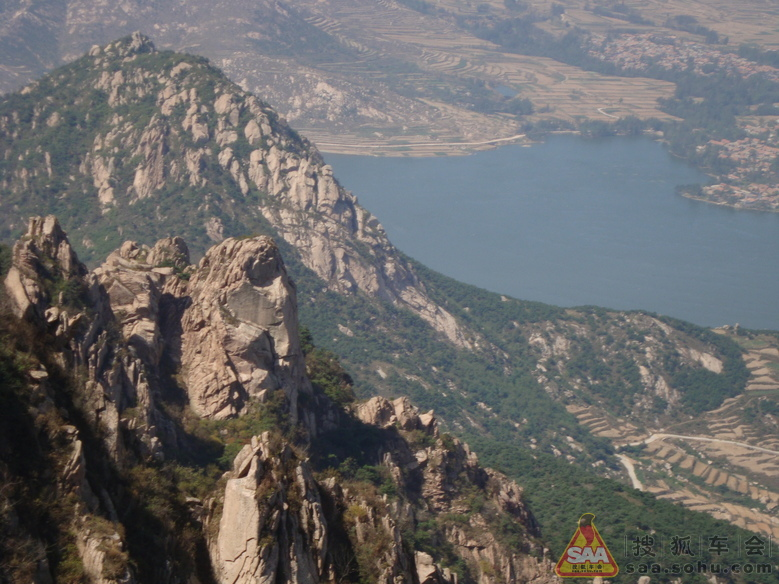 马髻山风景区,是蒙山沂水锦绣山川中一颗璀璨的明珠,一朵绚丽的奇葩.