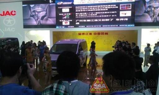 因为大家都争着拍江淮新车——2012款瑞风和畅,还是柴油版!高清图片